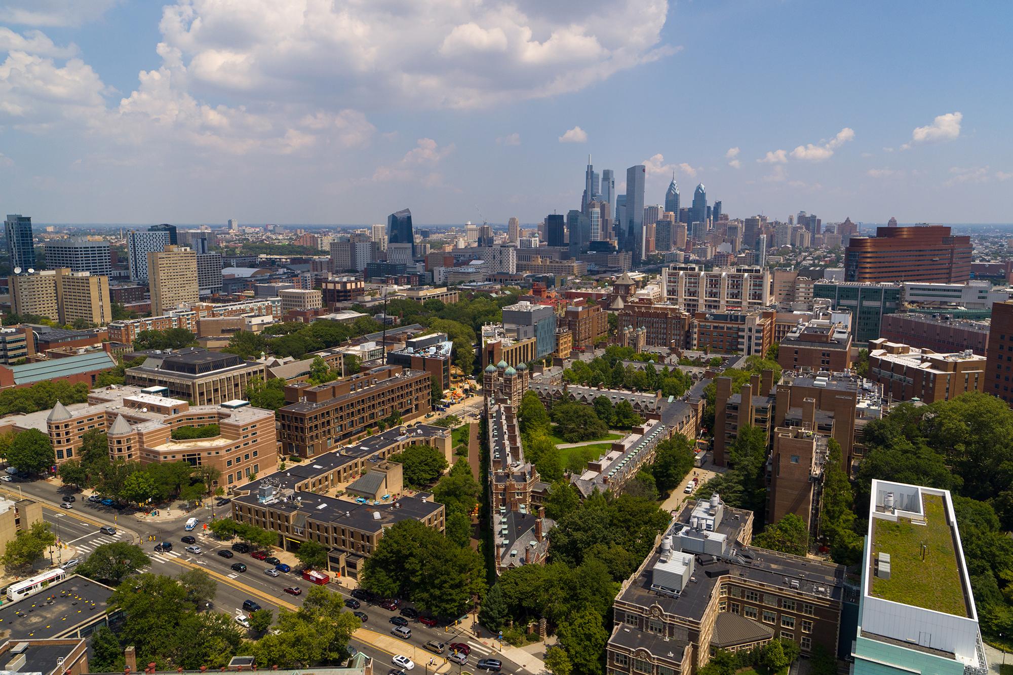 philly skyline with penn in foreground
